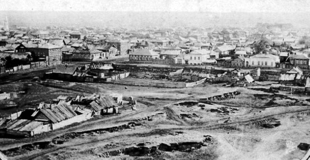 В 1855 году у театра появилось
